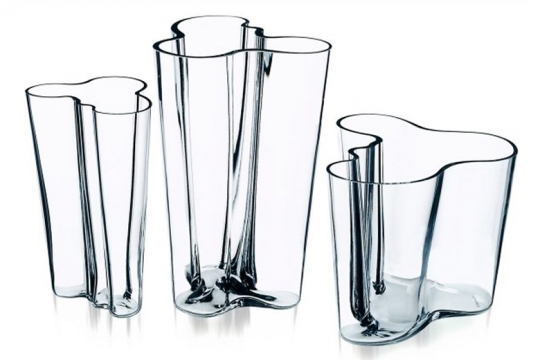 vase savoy iittala vaso in vetro 1937 prodotti designindex. Black Bedroom Furniture Sets. Home Design Ideas